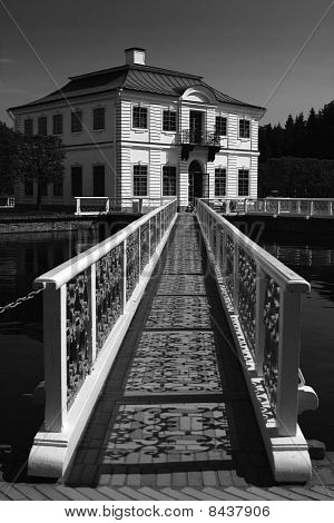 The Marly Palace, Peterhof