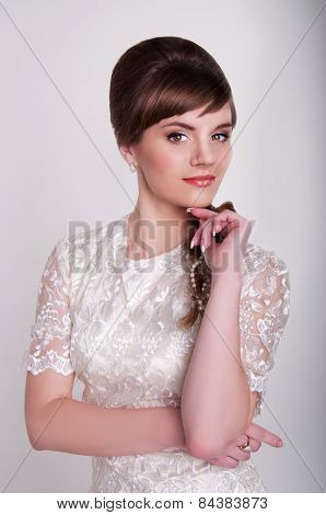 Beautiful Young Bride With Retro Hairstyle, Back Combing And Pearl Hair Decoration