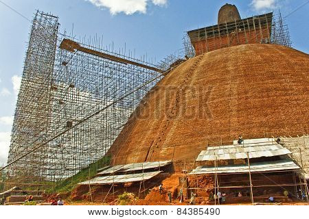 Peope Work At The Jetavanarama Dagoba For Renovation