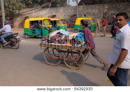 Delhi, India - November 5: Unidentified Man Pushes Cart With Goods On November 5, 2014 In Delhi, Ind