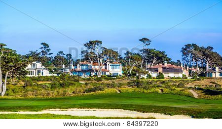 Beautiful Houses Near The Pfeiffer Beach In California With Golf Course