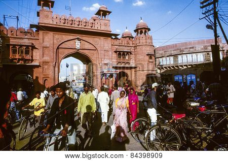 People Pass The Gate To The  Junagarh Fort