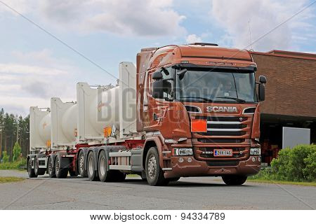 Scania R520 Euro 6 Tank Truck On The Road
