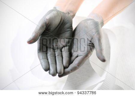 Hand mask