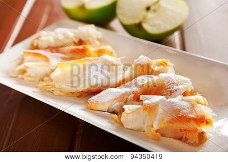 Bulgarian Banitza With Lokum And Apples
