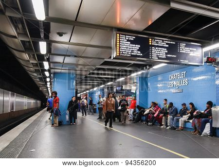 Chatlet Les Halles. Parisian Subway Station