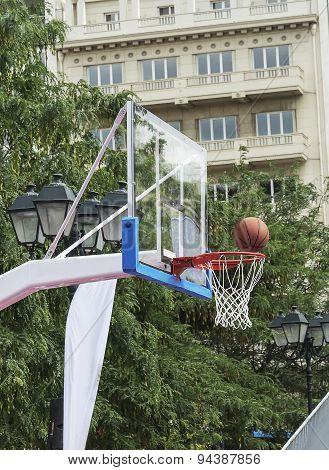 Mesh Basketball