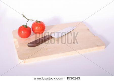 Tomatoes & Knife