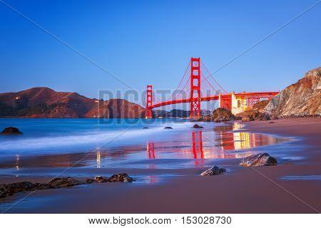 Golden Gate Bridge at dusk, Sun Francisco