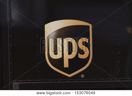 Ups Sing On A Truck In Amsterdam