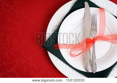 top view red and green christmas place settings