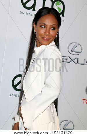 LOS ANGELES - OCT 22:  Jada Pinkett Smith at the 26th Annual Environmental Media Awards at Warner Brothers Studio on October 22, 2016 in Burbank, CA