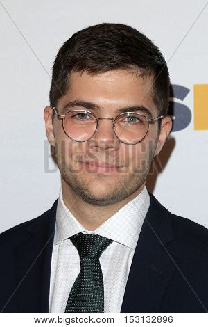 LOS ANGELES - OCT 21:  Andrew Graham at the 2016 GLSEN Respect Awards at Beverly Wilshire Hotel on October 21, 2016 in Beverly Hills, CA