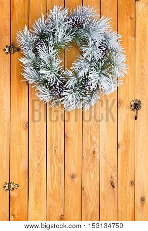 Snowy White Frosted Christmas Wreath