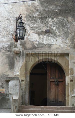Poarta Castel Detaliu
