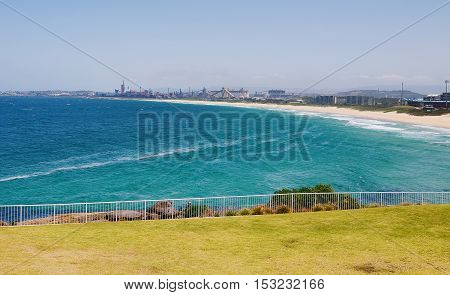 View of Wollongong beach or coastline during daytime