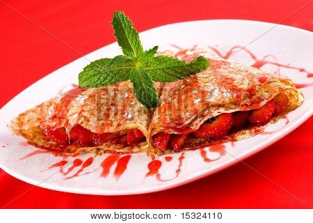 Crepes with strawberry