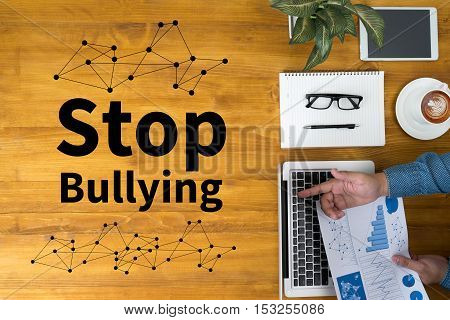 Stop Bullying aggressive analysing browser harassment interface