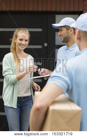Proffesional Courier Company