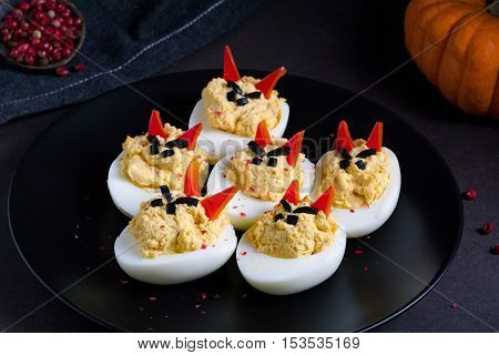 Deviled eggs for Halloween party: creatve funny food for kids
