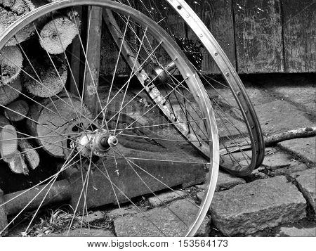 Wheel, wheels, metal wheels, silver wheels, gray wheels.