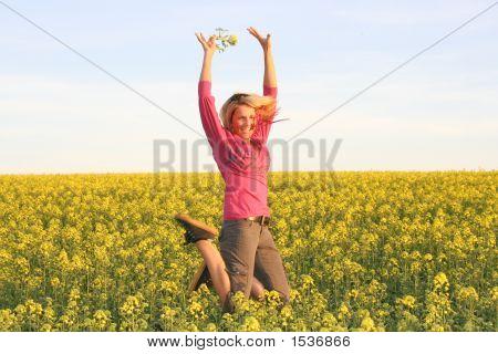 Saltar a mujer - verano