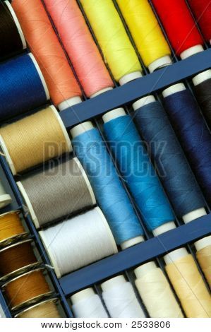 Colorful Thread Set