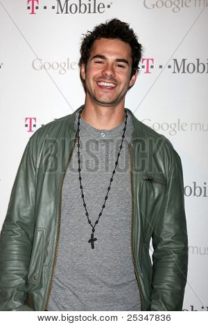 LOS ANGELES - NOV 16:  Jayson Blair arrives at the Google Music Launch at Mr. Brainwash Studio on November 16, 2011 in Los Angeles, CA