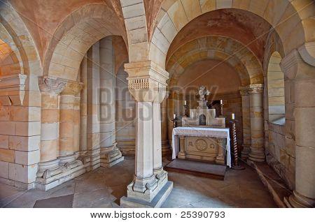 Crypt Columns