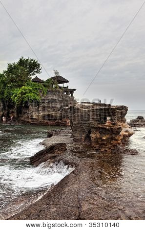Temple in the sea( Pura tanah lot)