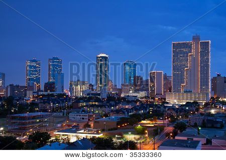Fort Worth Texas bei Nacht