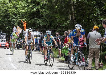 Cyclists on Col du Granier