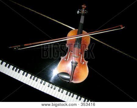 Violin, Stradivarius