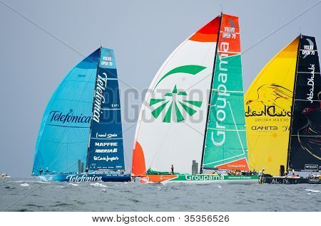 Telefonica, Groupama, And Abu Dhabi Ocean Racing Downwind
