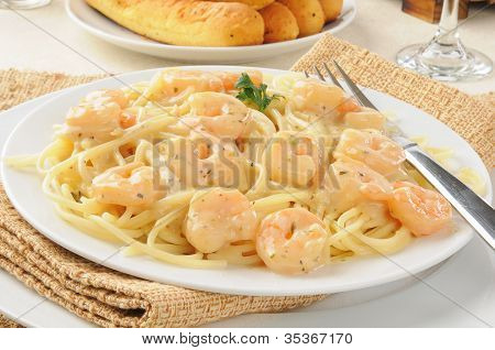 Shrimp Scampi With Garlic Butter Sauce