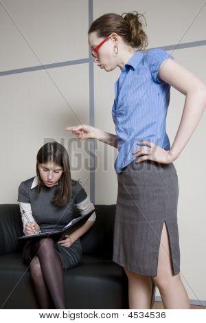 Bisnesswomen Working In Team.
