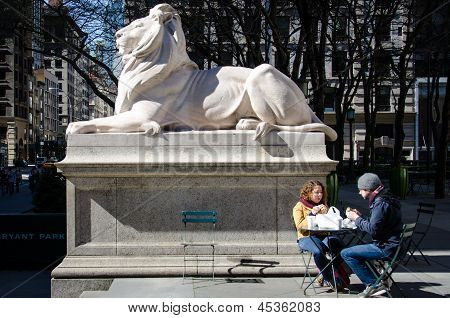 Breakfast with Patience the New York Public Library lion.library lion