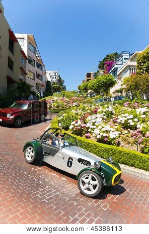 Oldtimer Passes The Lombard Street, San Francisco