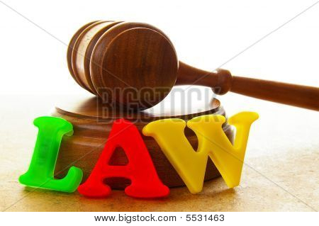 Play Gavel