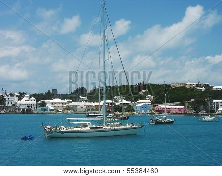 Yachts in Hamilton Harbor near Fairmont Hamilton Princess at Bermuda