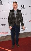 LOS ANGELES - DEC11:  Jesse Tyler Ferguson arrive to Women in Entertainment Breakfast 2013  on Decem