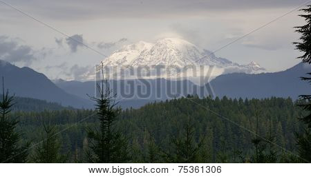 Hazy Atmospheric Conditions National Forest Mt Rainier