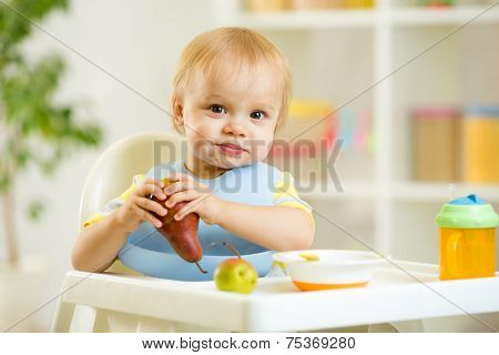 baby kid child boy eating fruits