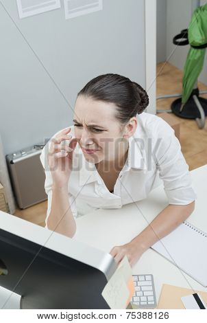 White Collar With Eye Pain