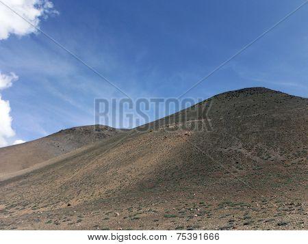 Desert-like Dunes In Annapurna Himalayas