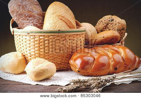 Wicker basket with assortment of baked bread