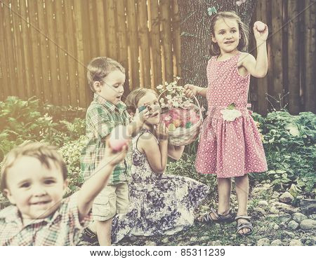 Children Finding Eggs On An Easter Egg Hunt - Retro