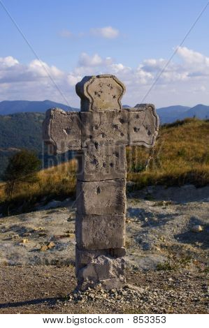 Monument, cross