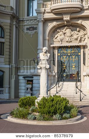 MONTE CARLO, MONACO - OCTOBER 3, 2014: Bust of Jules Massenet at Monte Carlo Casino in Monaco