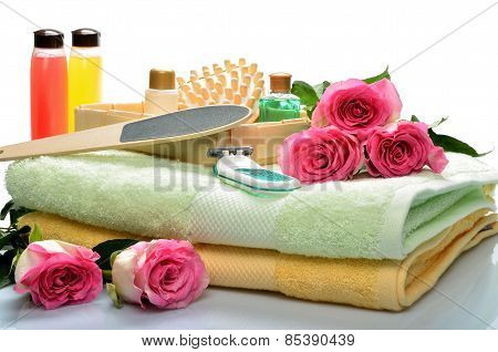 Objects for body care, spa and sauna, flowers